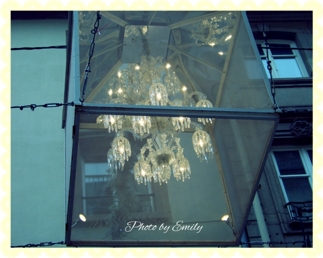 Strasbourg Chandelier Edit